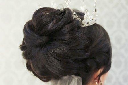 簡約經典盤髮