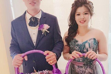 秋霞結婚造型
