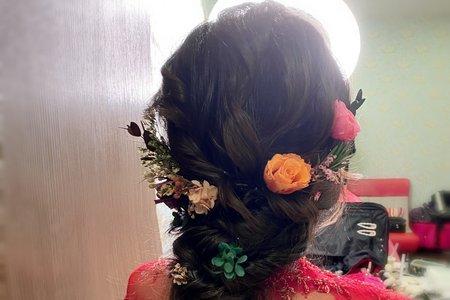 日式膨鬆線條髪型