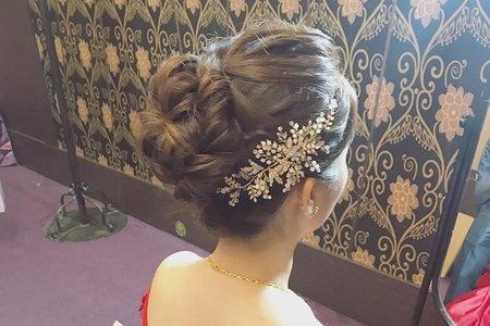 wiwi designer -蓬鬆線條高盤髮
