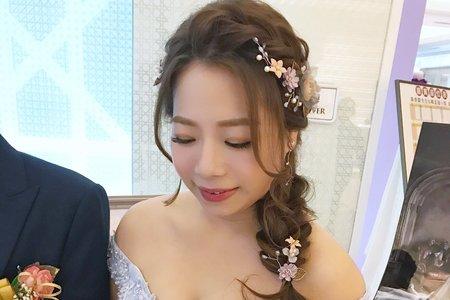 仙仙夢幻側編髮造型 台中新秘 wiwi stylist