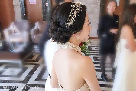 白紗柔柔低盤髮造型
