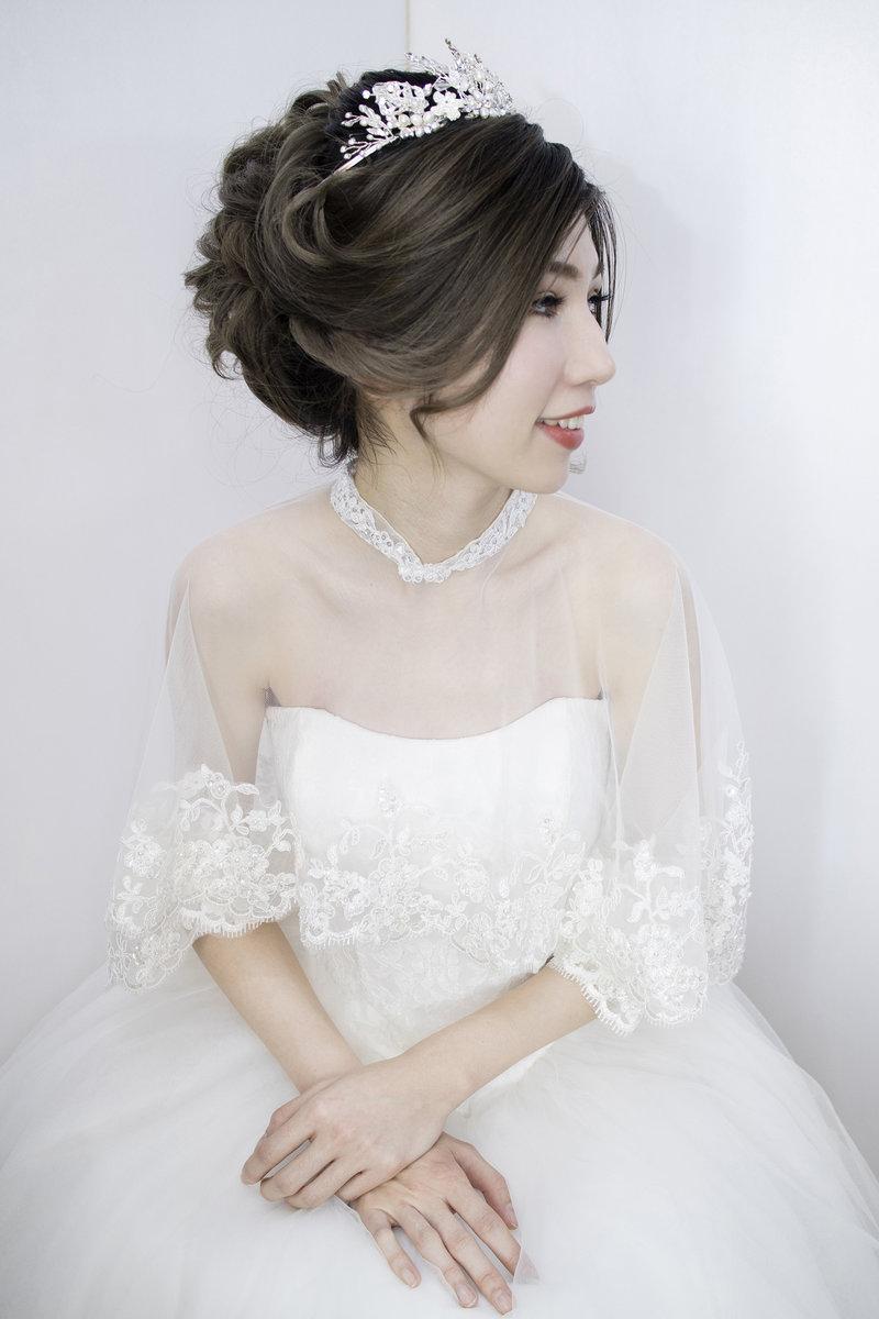 訂婚午/晚宴 彩妝造型服務作品