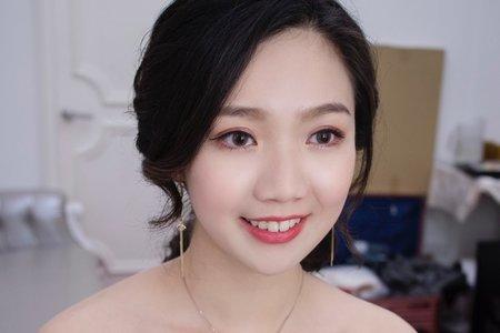 氣質低馬尾 - 台中新秘薇瑄彩妝造型