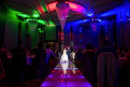 婚攝丫賓 台南東東永大幸福館 華麗的夢幻進場