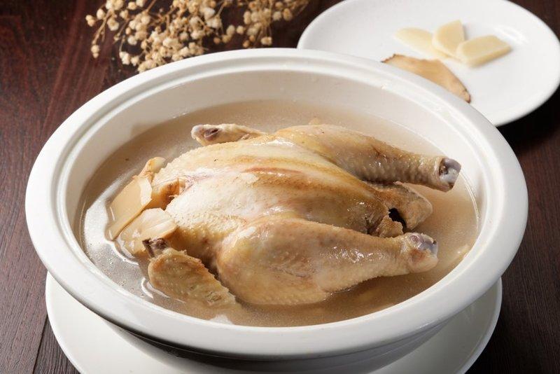 韓茸片燉土雞