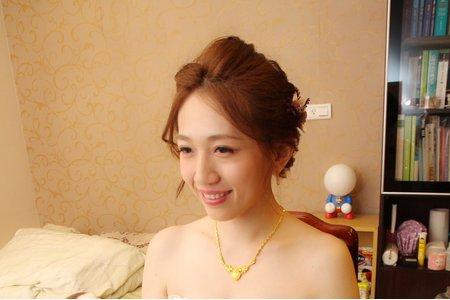 新竹新秘Miki~甜美的乾燥花白紗新娘造型