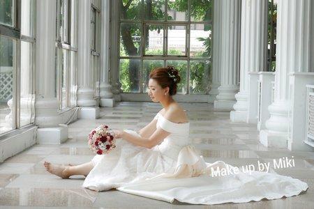 新竹新娘秘書Miki~鮮花盤髮新娘造型
