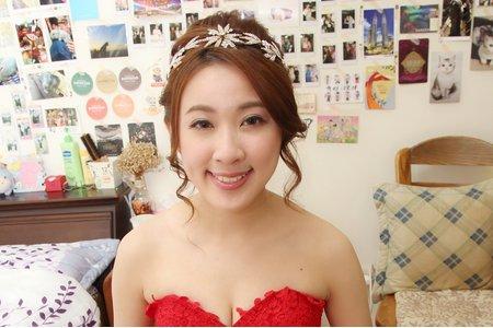 新娘秘書Miki~文訂造型(公主風盤髮)