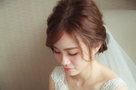 Bride Iris