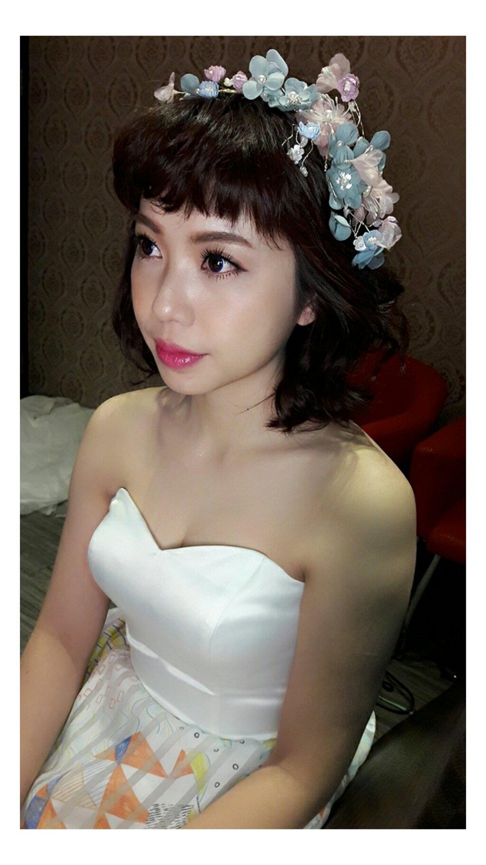 PhotoGrid_1509199297304 - 拉拉新娘秘書 - 結婚吧