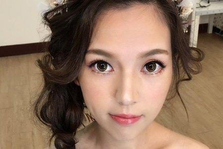 桃園/中壢/新秘推薦/新娘秘書/翻糖花園/Regina