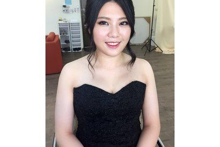 桃園/中壢/新秘推薦/新娘秘書/翻糖花園/郁馨