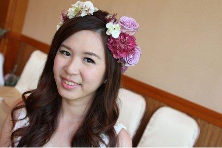 新娘萍訂婚三造型