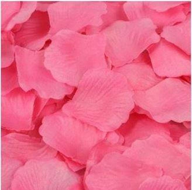 ? 絲布與絹布現貨仿真花瓣-深粉紅