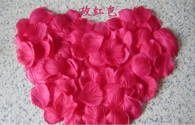 ? 絲布與絹布現貨仿真花瓣-玫紅色