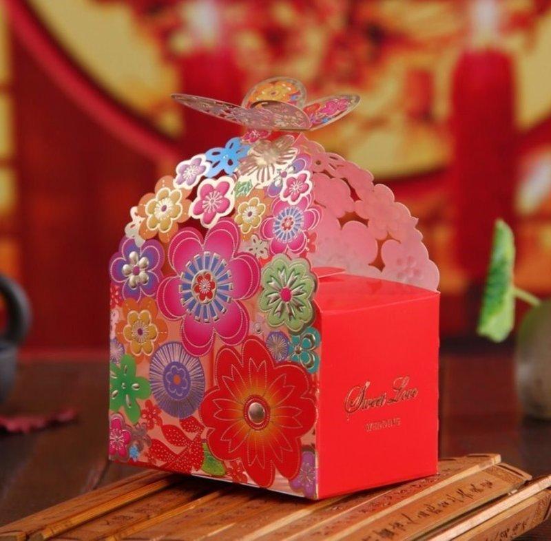 彩色人氣燙金蝴蝶花歐式創意纸盒浪漫蝶戀花