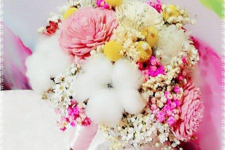 韓風式清新款圓形手捧花-新鮮鮮製乾燥花