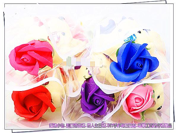 小熊玫瑰香皂花束