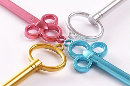 4色金屬中性筆鑰匙造型 水性筆  不挑款