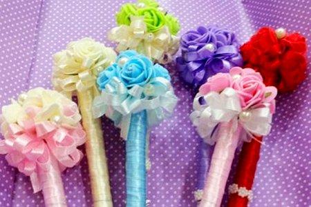 沁琳婚品為各位準備了各項:婚禮禮俗用品.簽名筆.喜糖袋.及多樣車頭彩.車彩...等