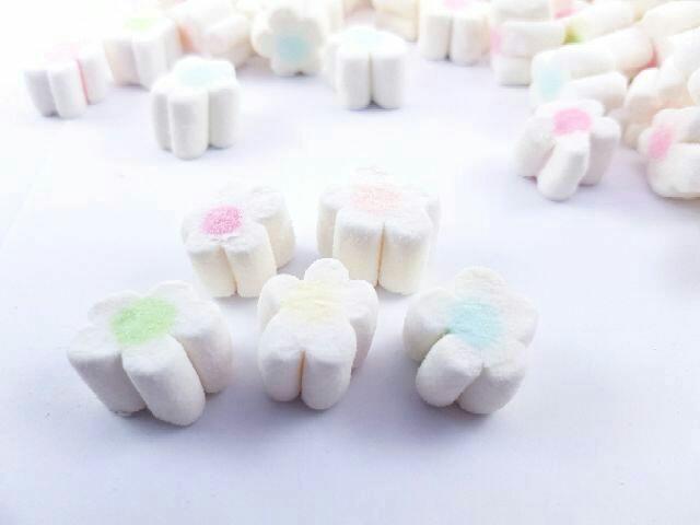繽紛小愛心+五彩花朵+嗶嗶糖6串