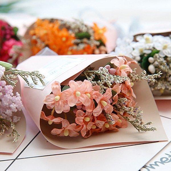 第二代手工乾燥花尊貴粉紅紙筒迷你小花束作品