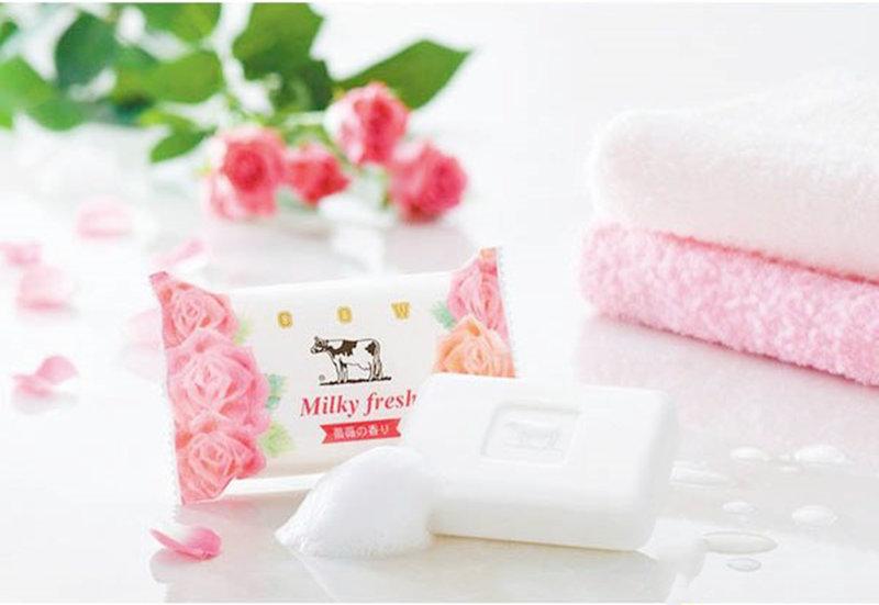 日本製 COW牛乳石鹼 牛乳薔薇香皂