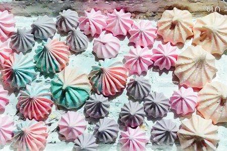 減糖新配方-最新可愛造型與玫瑰馬林糖單顆+銀色糖珠
