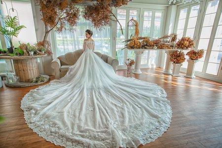 [自助婚紗] 皮皮阿軒 好拍市集棚內婚紗