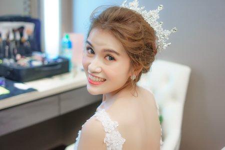 周薇薇新娘秘書Cindy~新娘婚禮造型 韓風新娘秘書 鮮花飾品
