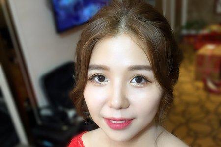 107/11/11奕璇文定午宴妝髮造型側拍