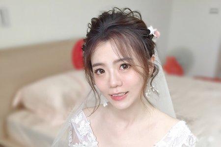 台中新秘Avonlin雅芳白紗婚禮造型
