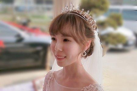 新娘造型-婚禮現場妝髮造型側拍