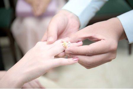 小芳  結婚