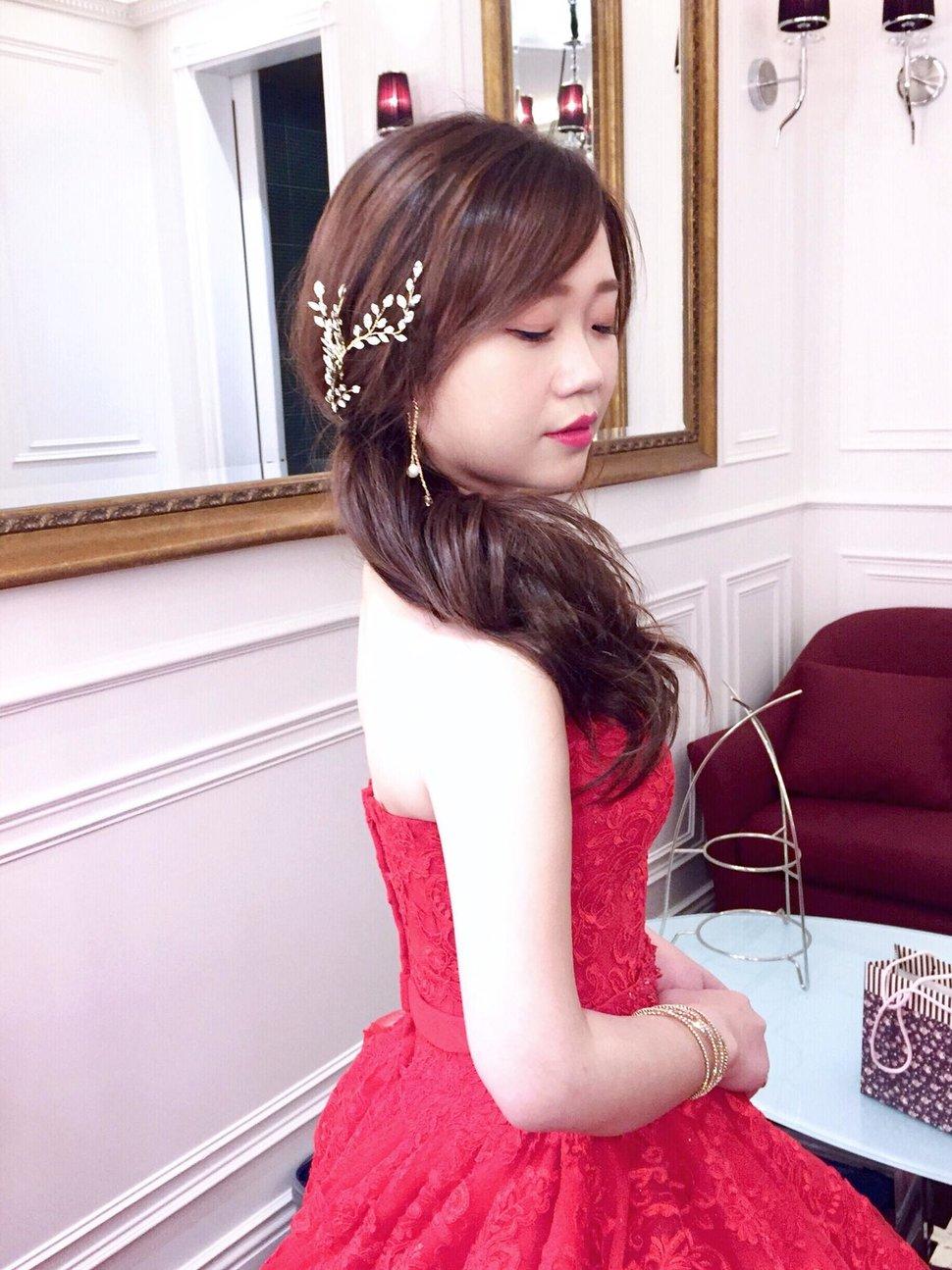 46100991_2191320190887052_7220499787387240448_o - Alice Bridal stylist《結婚吧》