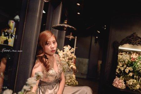 婚紗創作-造型朵拉
