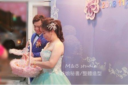 M&B studio 婚宴現場-結婚送客造型-新娘美華