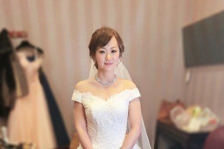 M&B studio婚宴現場-結婚進場造型-新娘詠珊