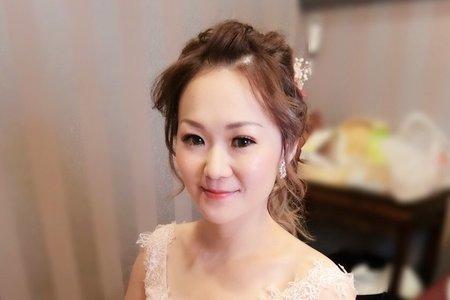 M&B studio婚宴現場-敬酒造型-新娘詠珊