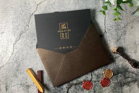 【良辰吉日.黑.燙金明信片喜帖】編號R32(O)