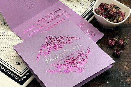 【薰衣紫.皇室圖騰.西式燙金喜帖】編號CH2919