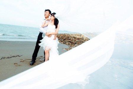 邊玩邊拍自助婚紗-檔案全贈+提供結婚訂婚
