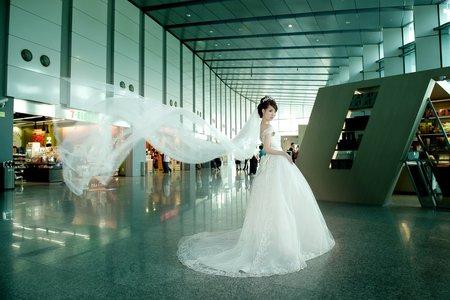 邊玩邊拍自助婚紗-檔案全贈+婚禮禮服