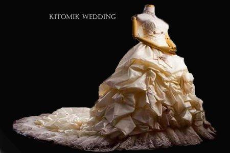【新秘許小佳】白紗區-婚紗禮服2.0 I 結婚禮服 I 自助婚紗 I 婚紗攝影 I 新娘秘書