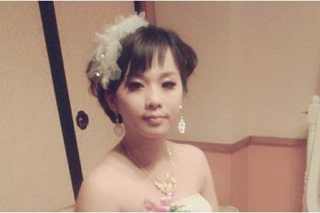 可愛俏麗的新娘-結婚三造型