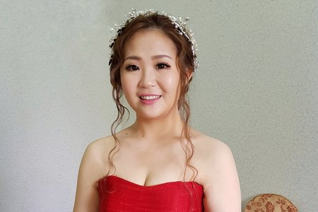 單眼皮韓系新娘最時尚的美人魚捲髮