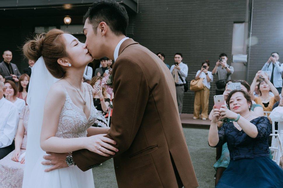 82802942_1049435745414248_7040738209000587264_o_1049435742080915 - 許仙 XuXian攝影工作室《結婚吧》