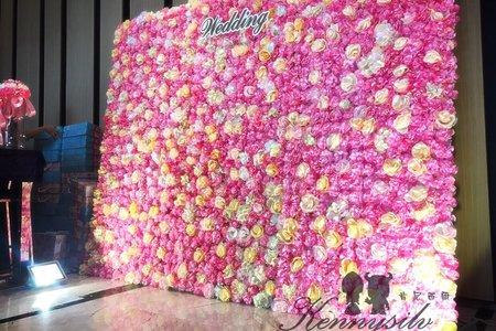 粉色世紀花牆背板 婚禮背板