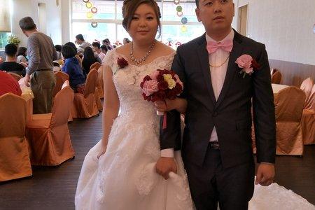 新娘小菱補請宴客